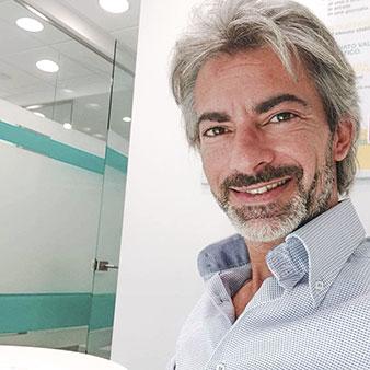 Luca Giannuzzi Caredent Perugia - Direttore Clinica